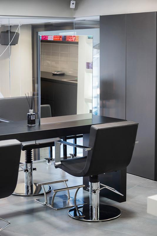 Progetto Contract Retail Salone di bellezza Mauri Lugano - TM_CH_LU_MAURI_parruchieria05