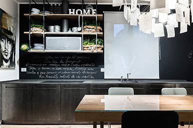 20141001 – Cucina Industriale in Metallo e Pietra Basaltina