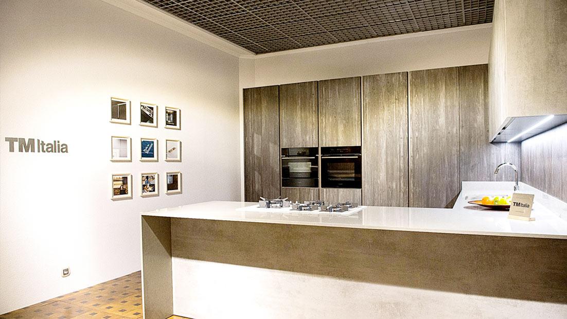 Presentati a Kiev due progetti cucina inediti nell'Atelier TM Italia Dominio - Cucine su Misura   TM Italia Cucine - dominio-ews-gallery-0