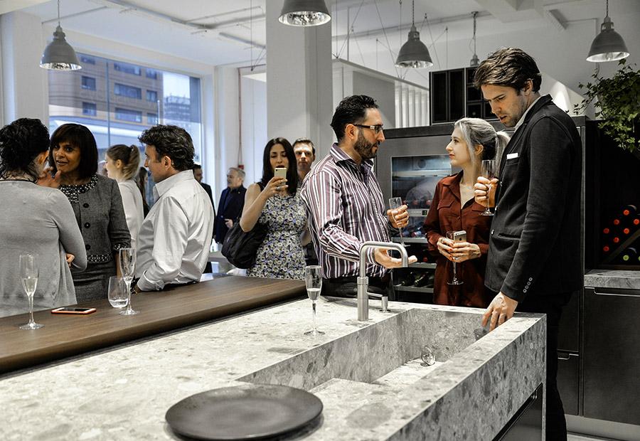 A Londra due nuovi progetti cucina su misura per il nuovo showroom di HUB Kitchen - TMItalia_eventolondra-HUBKITCKEN_gallery-1