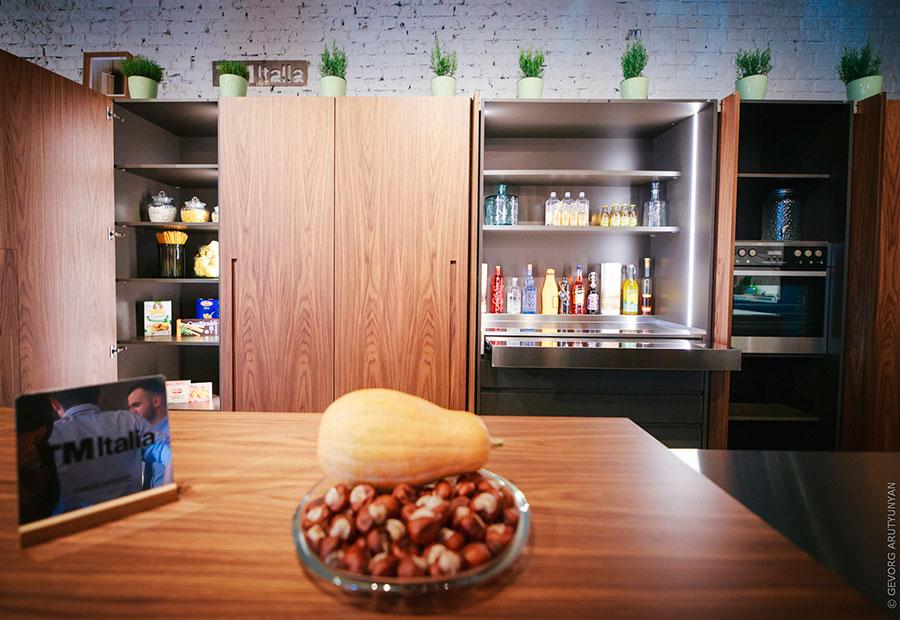 A MOSCA UN NUOVO ATELIER TM ITALIA IN PARTNERSHIP CON LAB DESIGN - Cucine su Misura   TM Italia Cucine - TMItalia-evento-nuovo-atelier-mosca-2