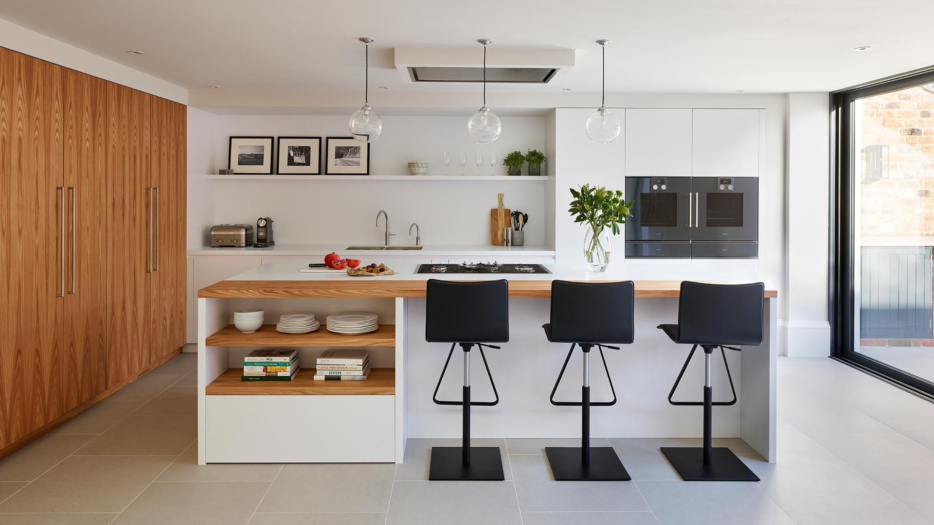 201707 – CUCINA CON ISOLA E COLONNE IN LEGNO - Cucine su Misura | TM Italia Cucine - 201809_hubkitchen_brandsite_2
